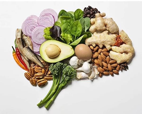 Пища для мозга: влияние питания на интеллект человека