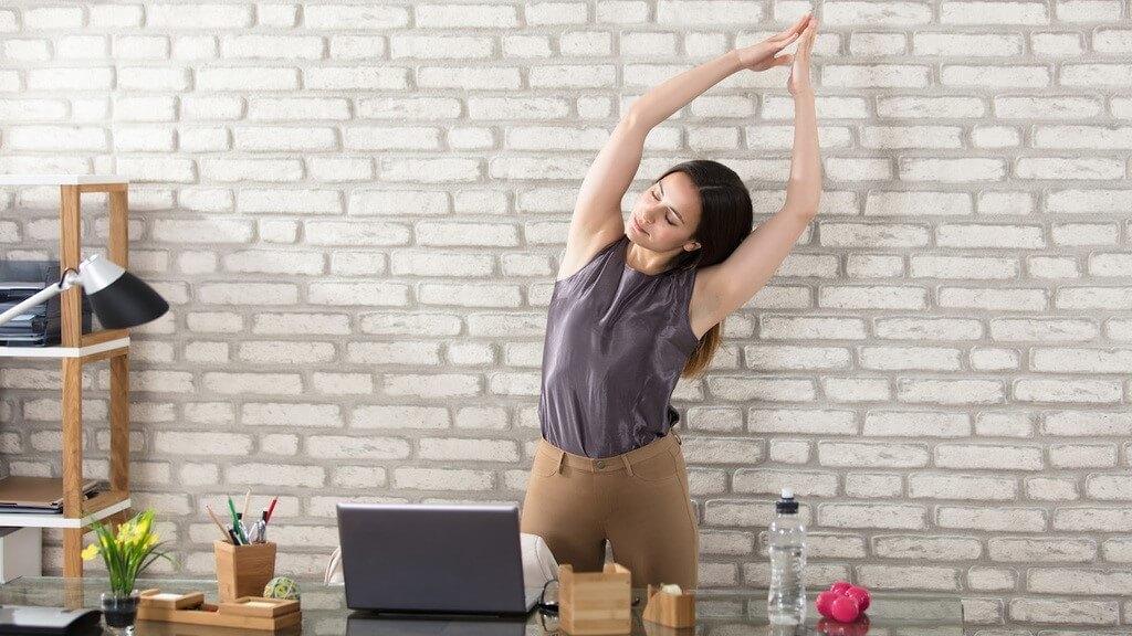 Йога для офисных работников