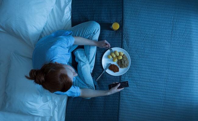 Как не переедать на ночь?