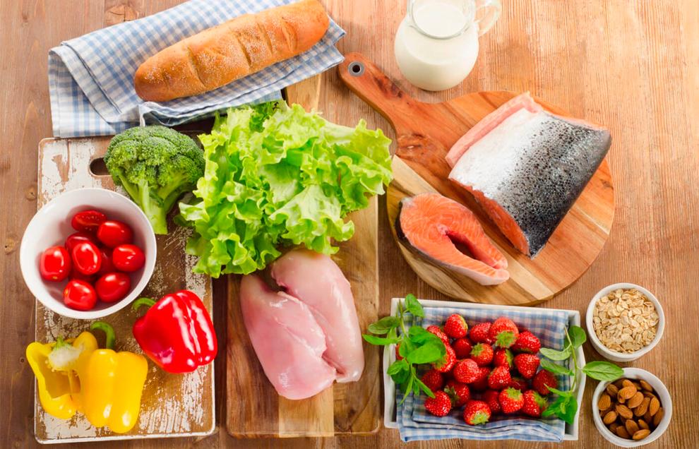 Чтобы избавиться от лишнего веса, необходимо правильно питаться