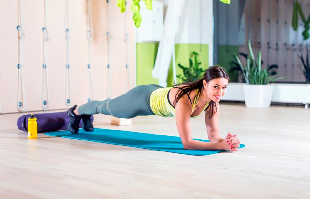 Планка – универсальное упражнение для всего тела