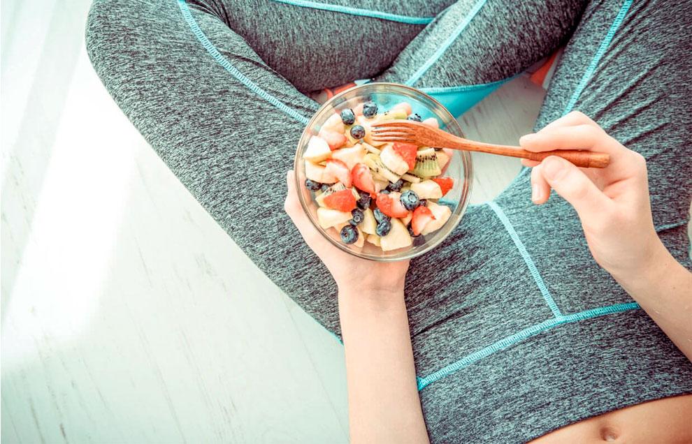 Правильное питание играет важную роль в формирования пресса