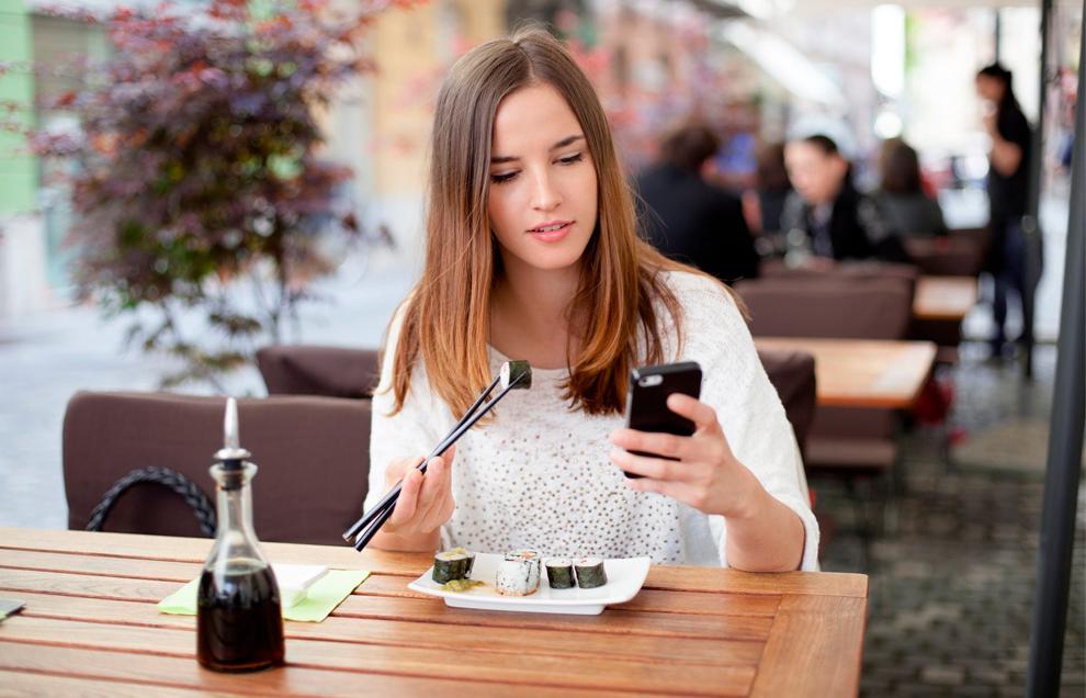 Не отвлекайтесь во время еды