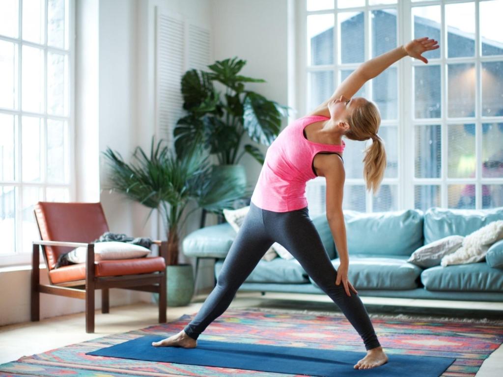 Йога эффективна в борьбе с лишним весом