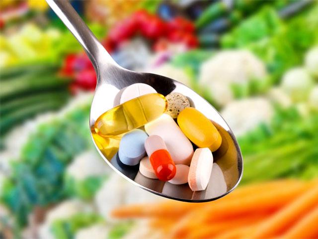 «Витаминная бомба» - как правильно выбирать витамины и не навредить себе